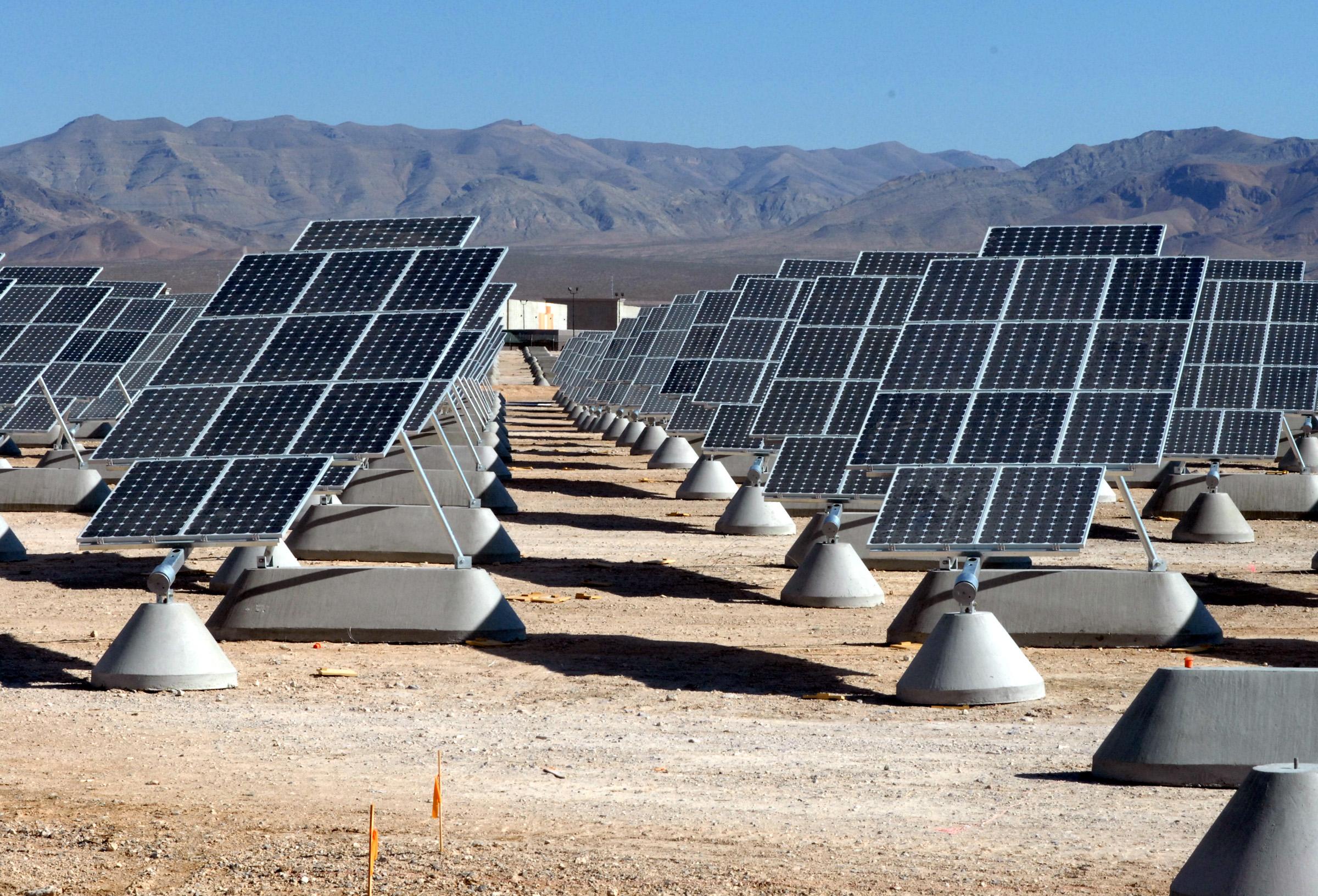 Diamo un occhiata al mercato dei tracker solari e al loro futuro