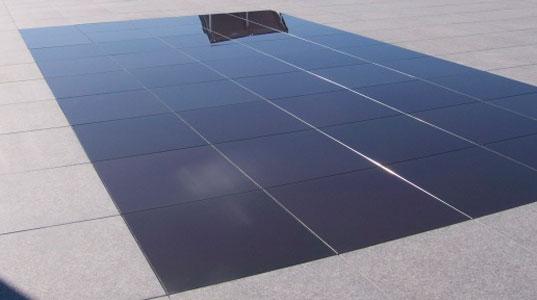 Ecco il primo marciapiede fatto di panelli solari