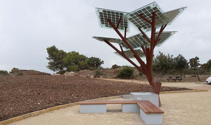 Etree, l'albero fotovoltaico che porta tanti doni